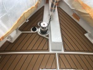 65'-ketch-foam-decking-4